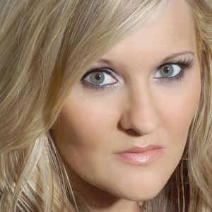 Photo of Teea Goans, interviewed for Ben's Country Music Show.